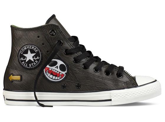 Adam Levine, Shoe