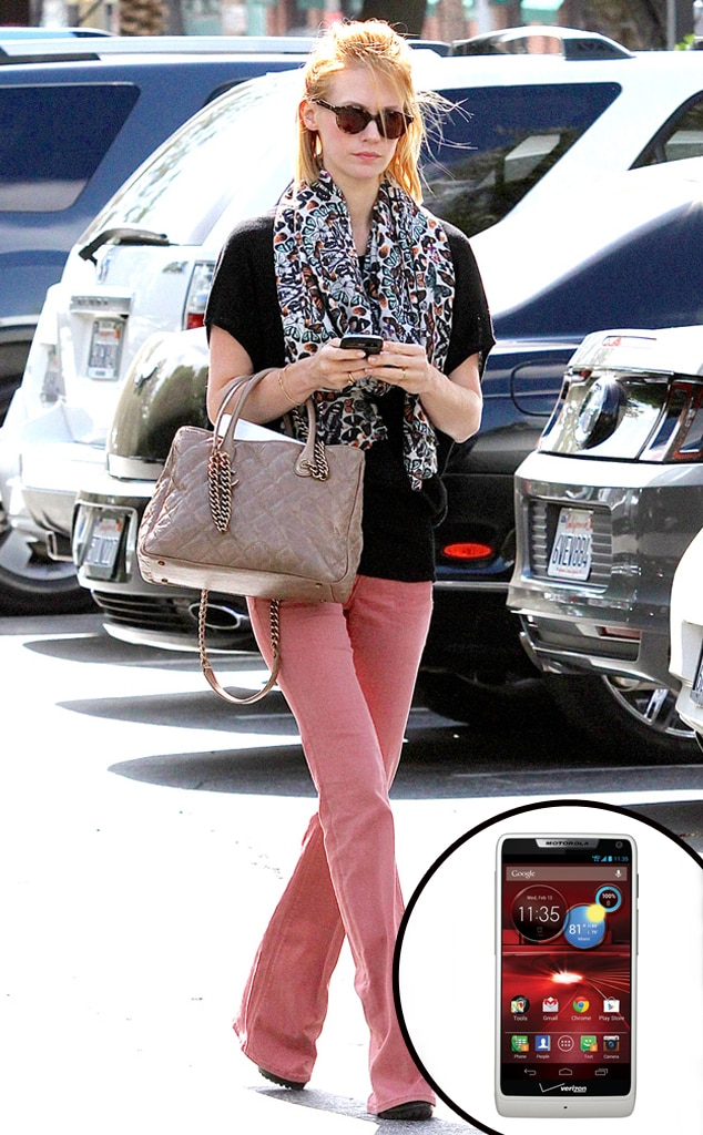 January Jones, Smartphone