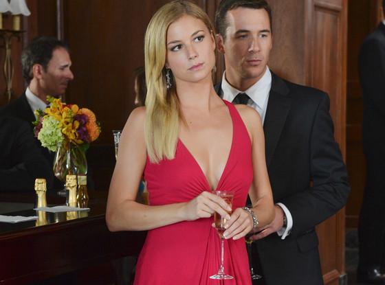 Emily VanCamp, Barry Sloane Revenge