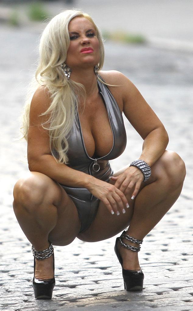 tisyach-pornozvezda-koko-spas