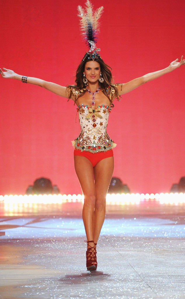 Alessandra Ambrosio, Victoria's Secret Fashion Show
