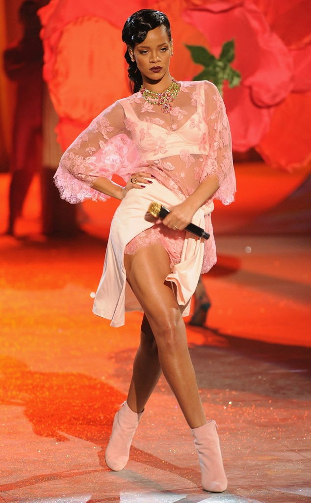 Victoria's Secret Fashion Show, Rihanna