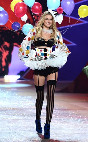 Victoria's Secret Fashion Show, Toni Garrn