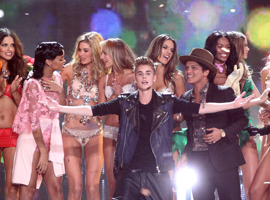 Justin Bieber, Victoria's Secret Fashion Show