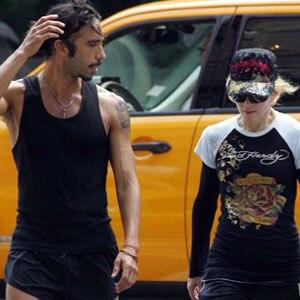 Carlos Leon, Madonna