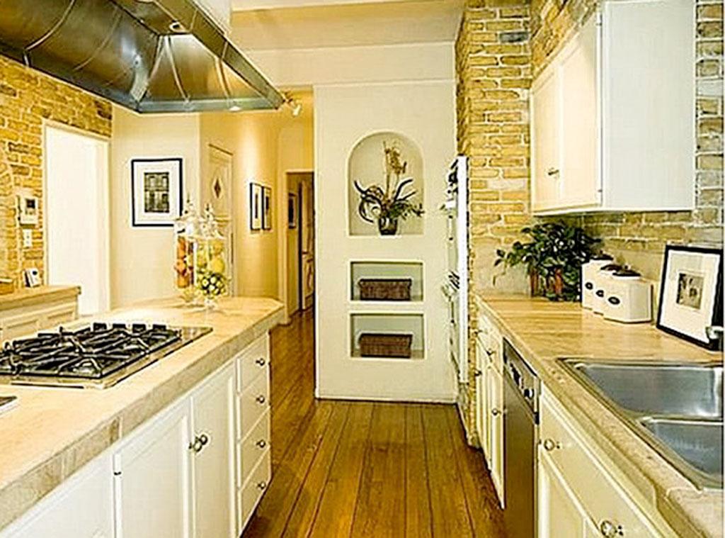 Winona Ryder, Kitchen