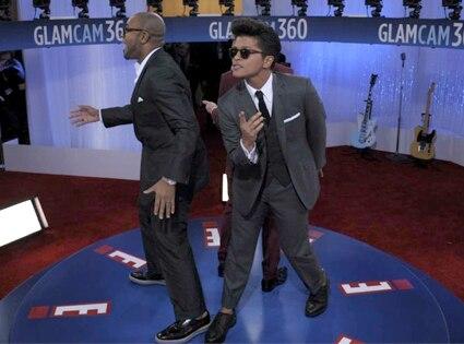 Bruno Mars GlamCam