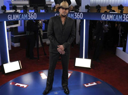 Jason Aldean, Glam Cam, 2012 Grammy