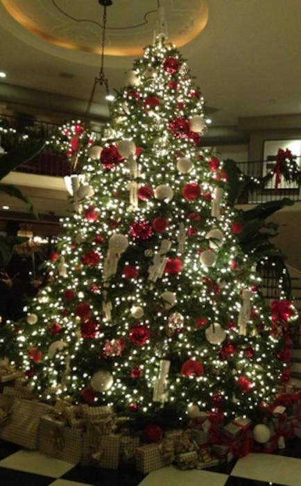 Kardashian, Jenner Christmas Party