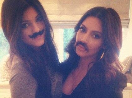 Kylie Jenner, Kim Kardashian, Twitter