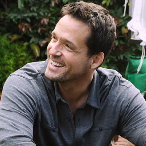 Josh Hopkins, Cougartown