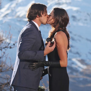 THE BACHELOR, BEN FLAJNIK, COURTNEY ROBERTSON