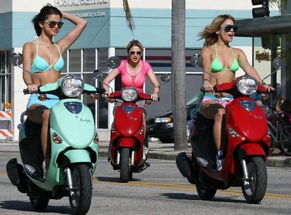 Vanessa Hudgens, Ashley Benson, Selena Gomez