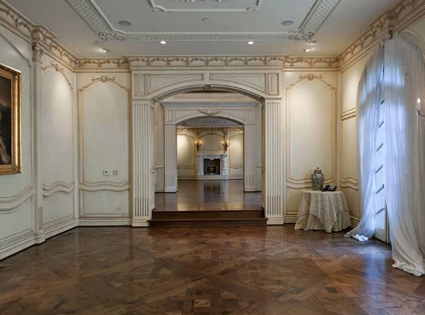 Interior View From Michael Jackson S Death House E News
