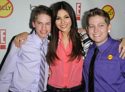 Victoria Justice, Alex Libby, Kelby Johnson
