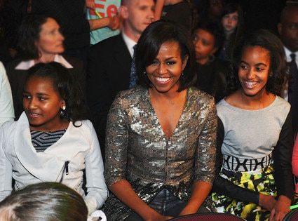 Sasha Obama, First Lady Michelle Obama, Malia Obama