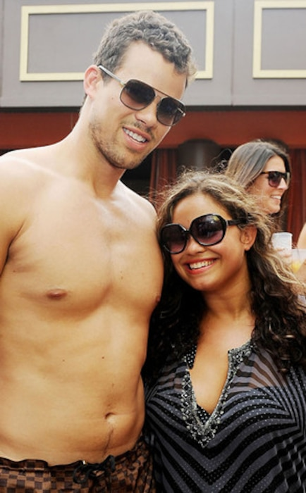 Kris Humphries, Kayla Humphries