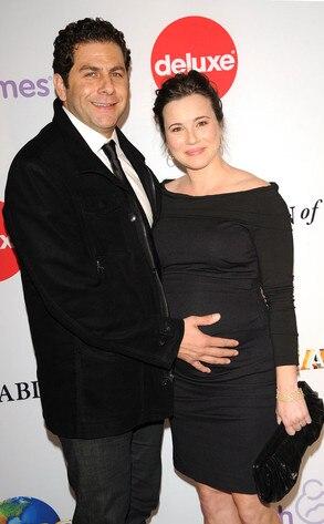 Linda Cardellini, Steven Rodriguez