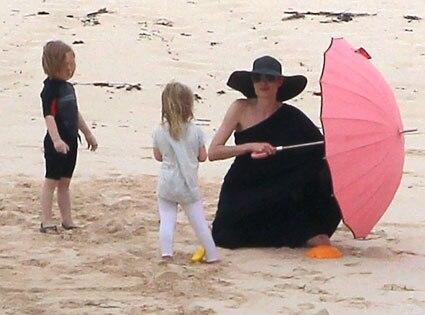 Angelina Jolie, Knox, Vivienne