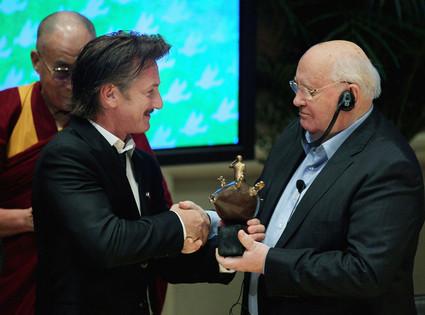 Mikhail Gorbachev, Sean Penn