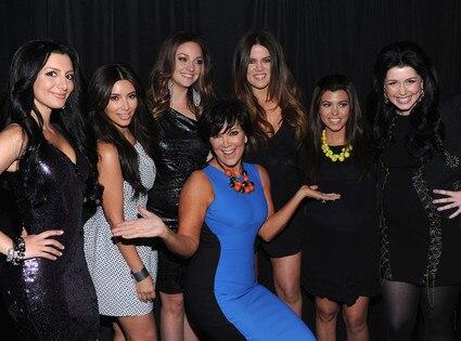 Nasim Pedrad, Kim Kardashian, Abby Elliott, Khloe Kardashian Odom, Kourtney Kardashian, Vanessa Bayer, Kris Jenner