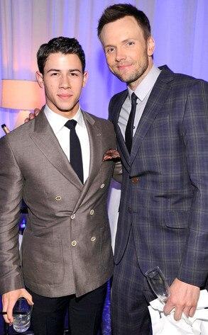 E! Upfront, Nick Jonas, Joel Mchale