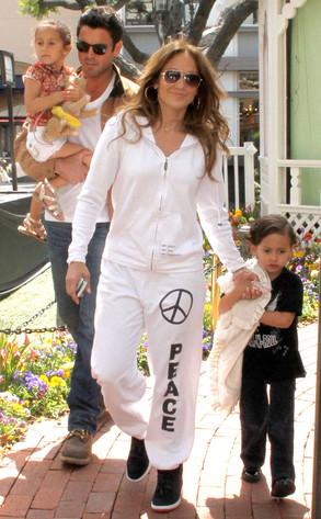Jennifer Lopez, Max, Emme, Manny