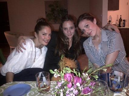 Minka Kelly, Mandy Moore
