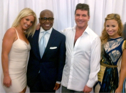 Britney Spears, X Factor, Twit Pic
