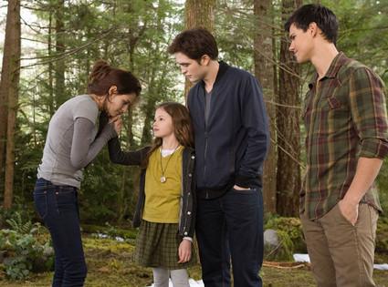 Kristen Stewart, Robert Pattinson, Mackenzie, Taylor Lautner, Breaking Dawn Part 2