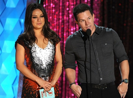 MTV Movie Awards Show, Mila Kunis, Mark Wahlberg