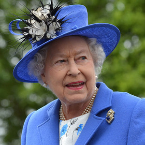 Queen elizabeth ii kicks off diamond jubilee at epsom for Why is bebe neuwirth leaving madam secretary