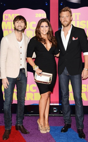 Dave Haywood, Hillary Scott, Charles Kelley, Lady Antebellum, CMT Awards