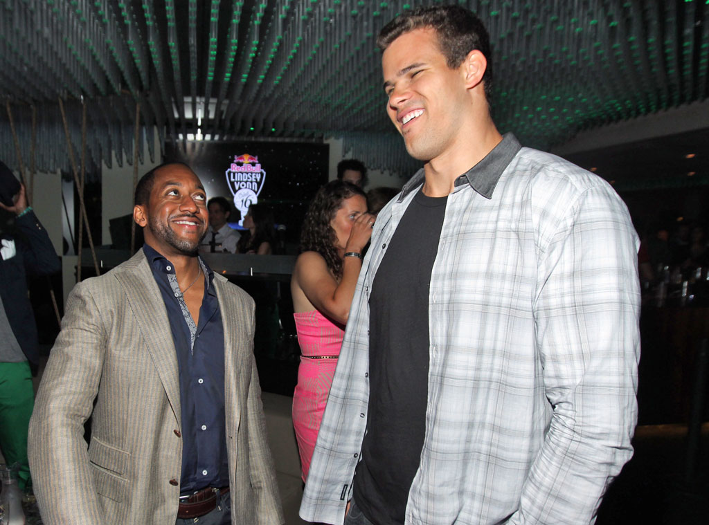 Kris Humphries, Jaleel White