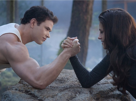 Kellan Lutz, Kristen Stewart, Breaking Dawn Part 2