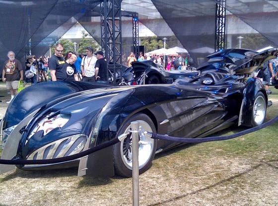 Clooney, Batmobile