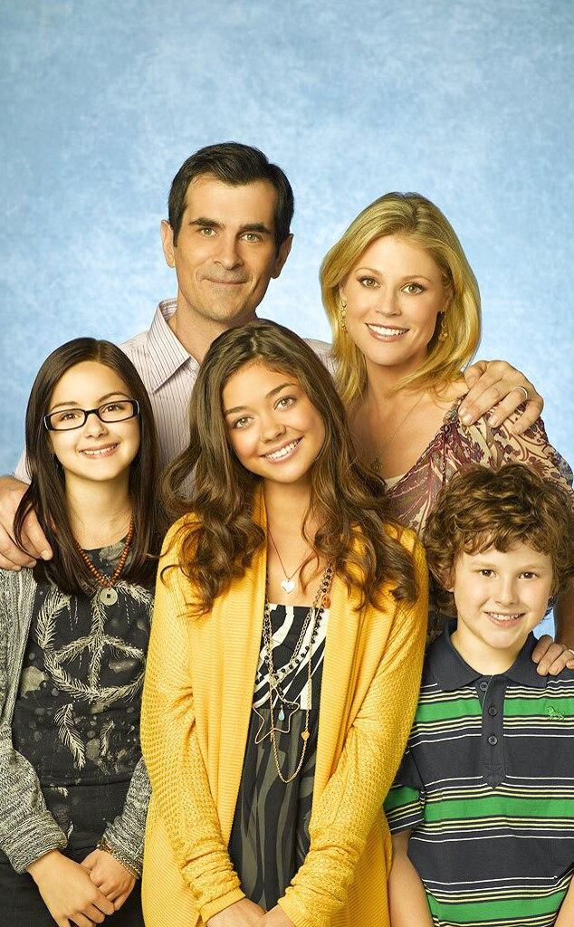 Modern Family, Ariel Winter, Ty Burrell, Sarah Hyland, Julie Bowen, Nolan Gould