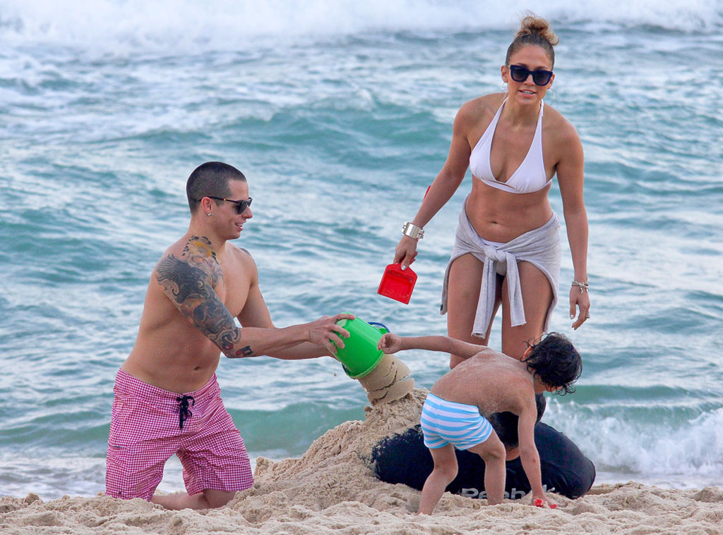 Jennifer Lopez, Max, Casper Smart