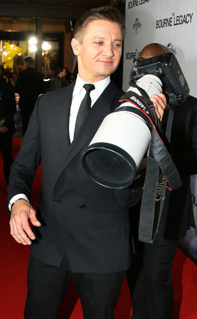 Jeremy Renner, caption this