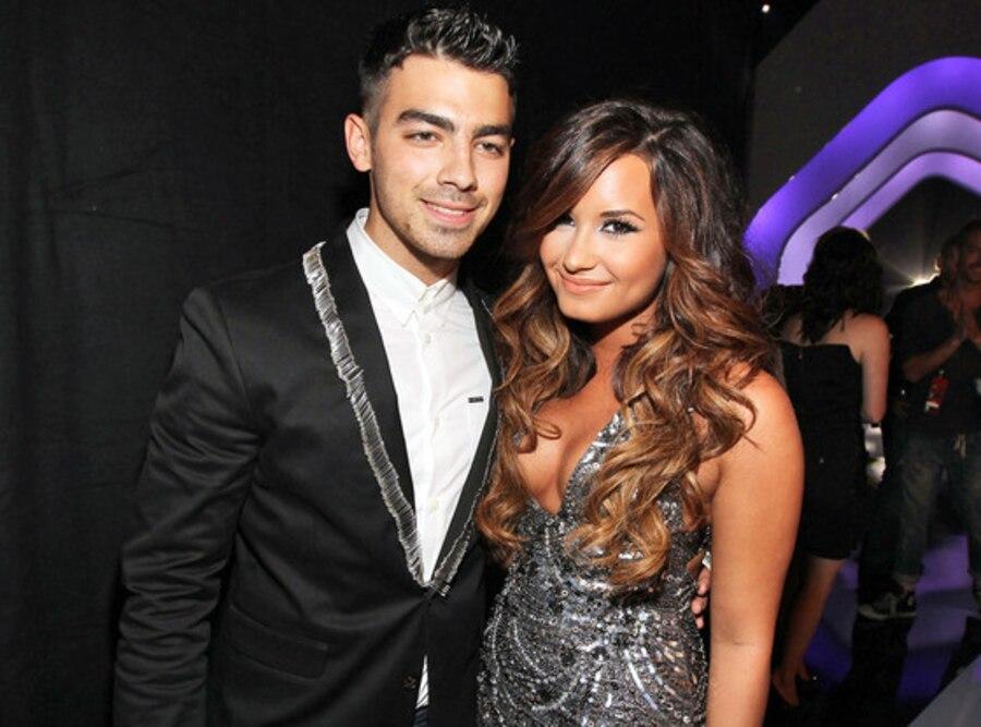 Joe Jonas, Demi Lovato