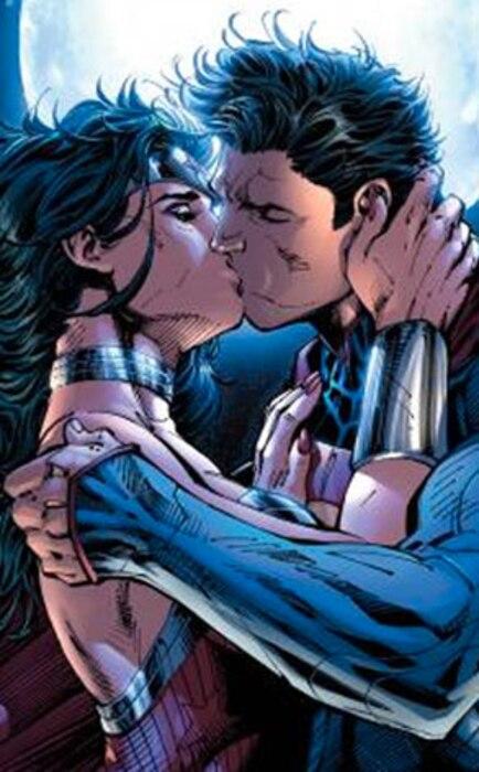 Superman, Wonder Women