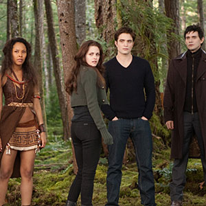 der neue breaking dawn teil 2 clip stinkt e news. Black Bedroom Furniture Sets. Home Design Ideas