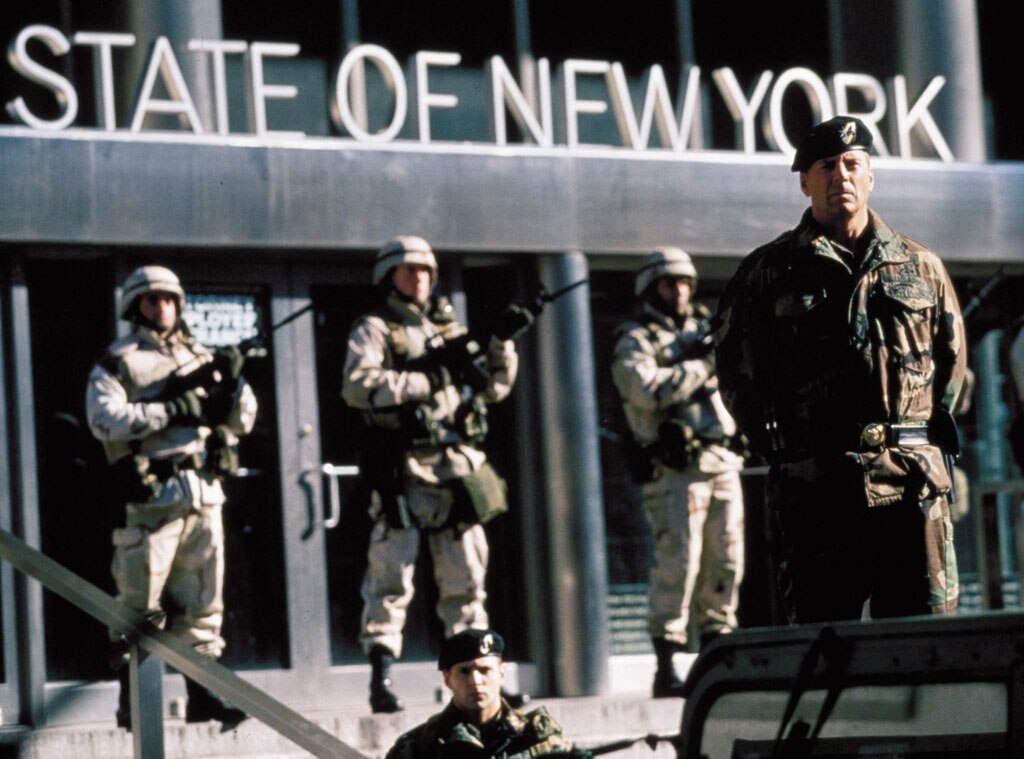 Bruce Willis, The Siege