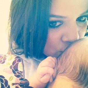 Khloe Kardashian, Penelope, Twit Pic