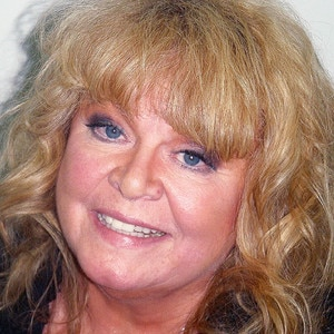 Sally Struthers, Mug Shot