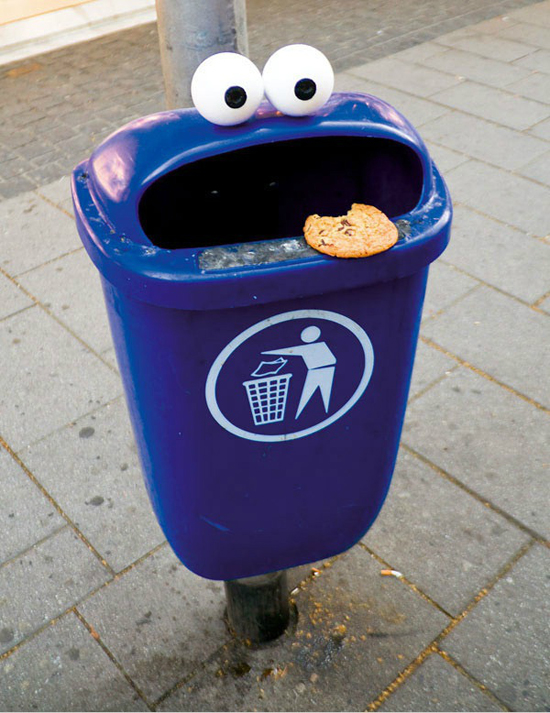 Soup Cookie Monster Garbage Can X2