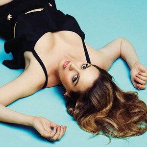 Alicia Silverstone, Bullett Magazine