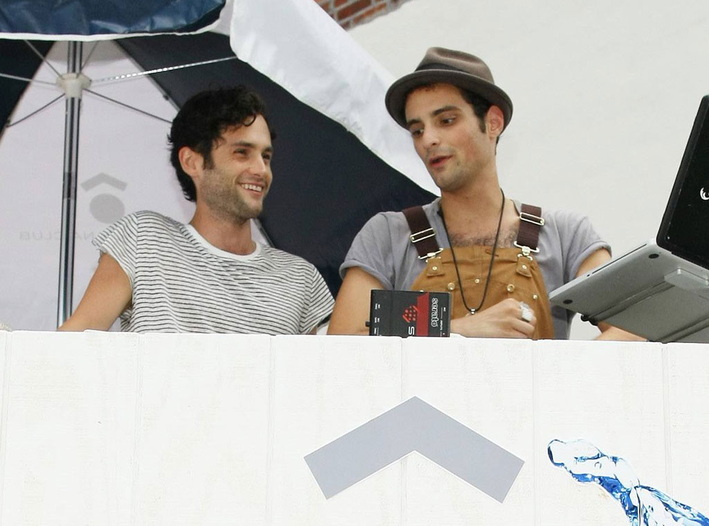 Penn Badgley, Brother, Jimmy