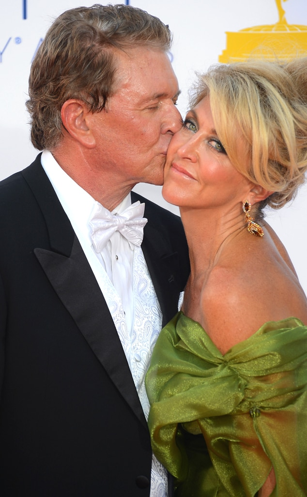 Tom Berenger, Laura Moretti, PDA