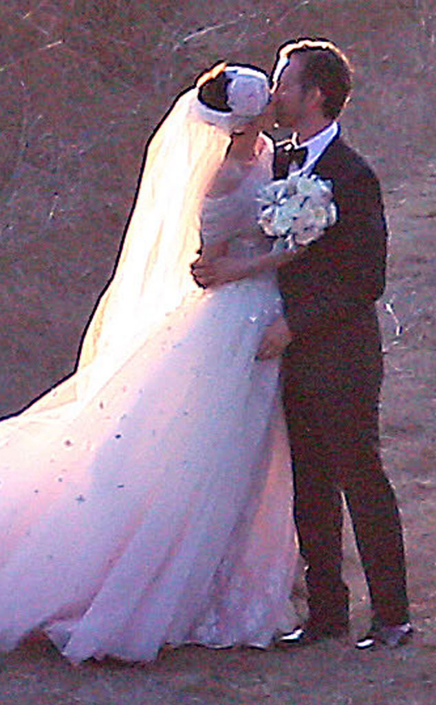 Anne Hathaway, Adam Shulman, Wedding